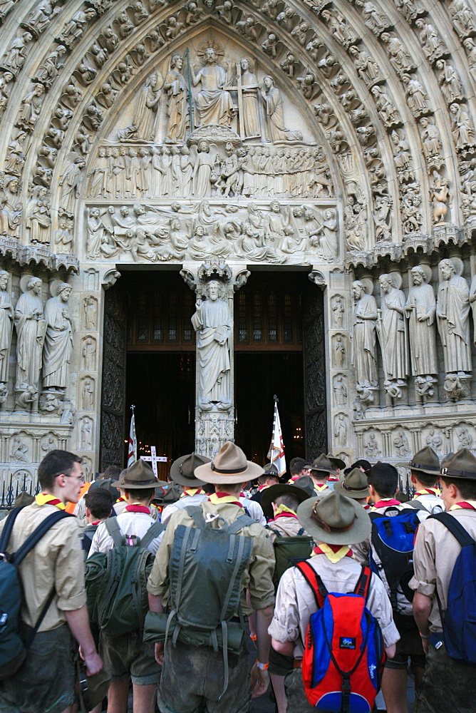 Traditionalist Catholic scouts rally on Pentecost (Whitsunday), Notre Dame cathedral, Paris, France, Europe