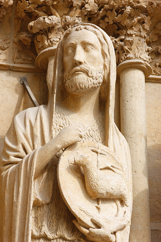 John the Baptist, west front, Reims cathedral, UNESCO World Heritage Site, Reims, Marne, France, Europe