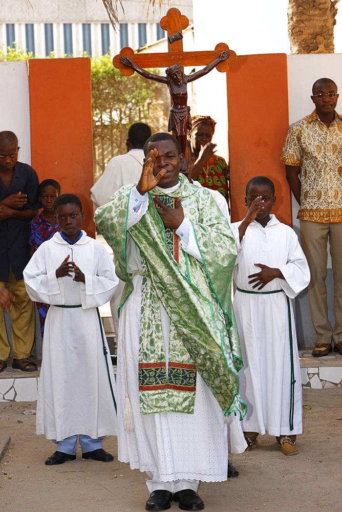 Procession outside Lome cathedral, Lome, Togo, West Africa, Africa