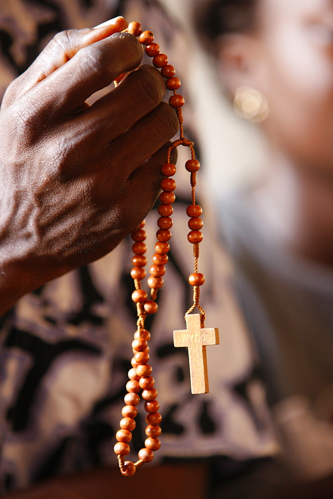 Christian couple praying, Togoville, Togo, West Africa, Africa