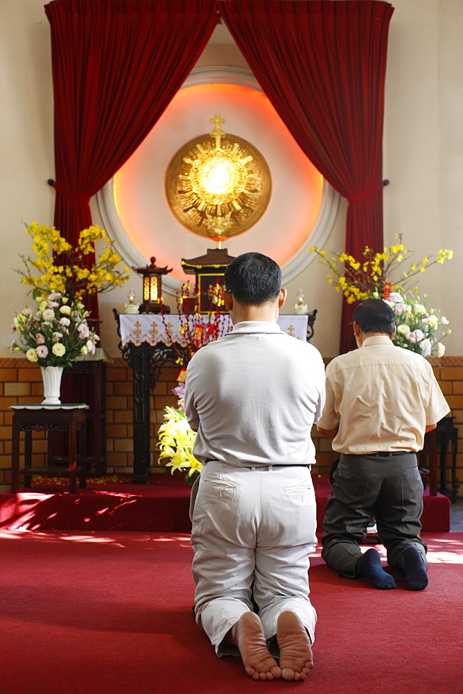 Holy sacrament adoration, Ho Chi Minh City, Vietnam, Indochina, Southeast Asia, Asia