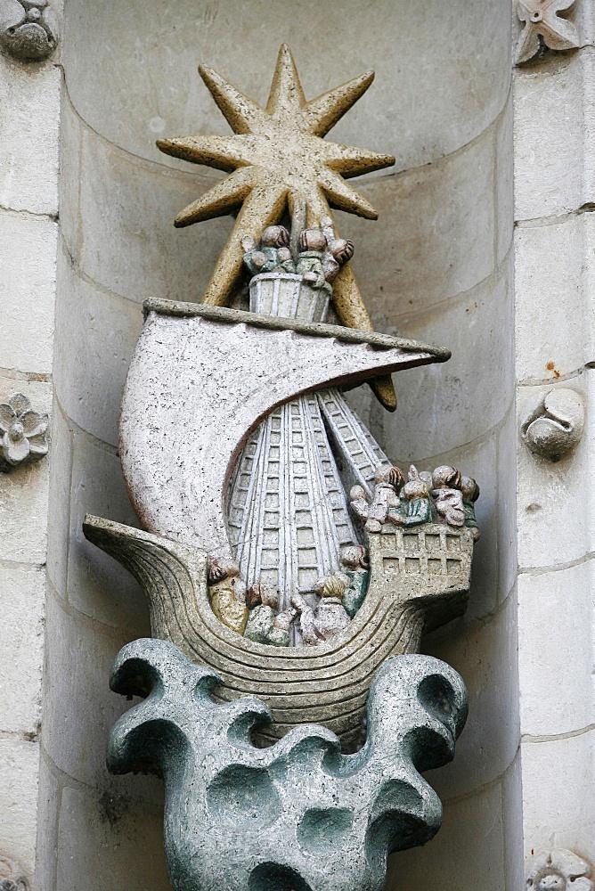 Stella maris sculpture, Solesmes, Sarthe, Pays de la Loire, France, Europe