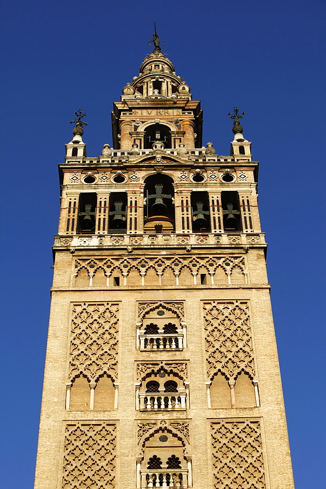 Giralda, the Seville cathedral bell tower, formerly a minaret, UNESCO World Heritage Site, Seville, Andalucia, Spain, Europe