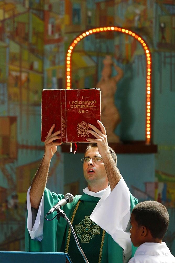 Sunday Mass in Nossa Senhora dos Alagados church, Salvador, Bahia, Brazil, South America