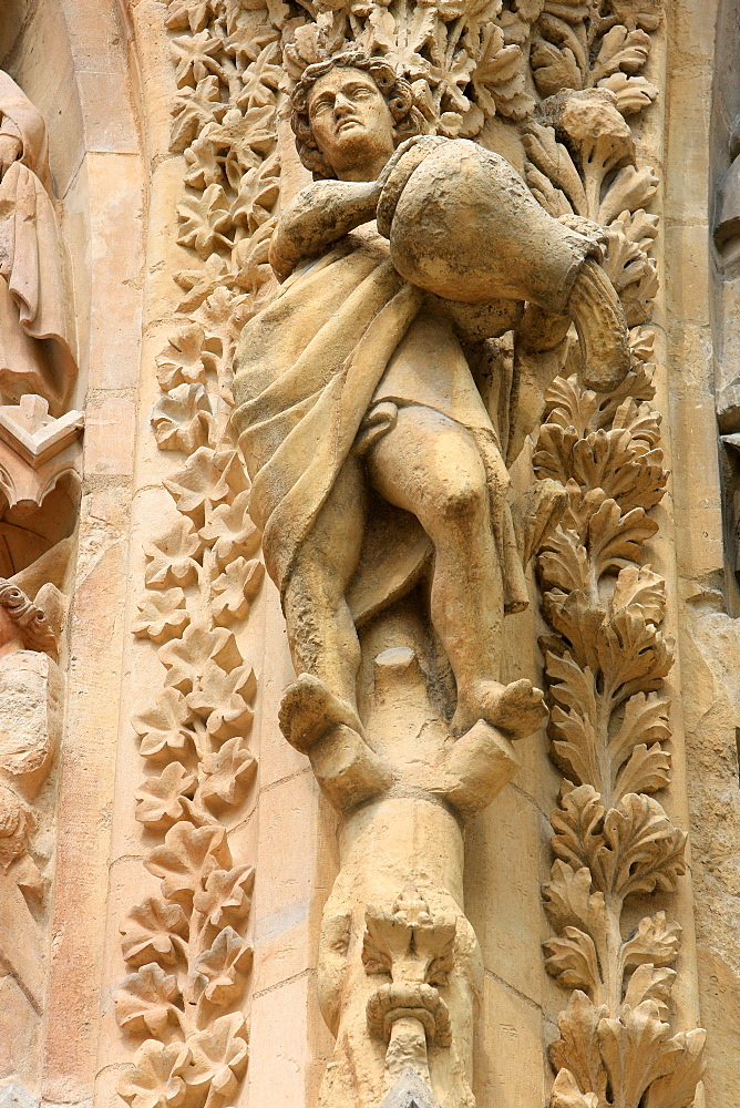 Statues, Notre-Dame de Reims Cathedral, UNESCO World Heritage Site, Reims, Marne, Champagne-Ardenne, France, Europe