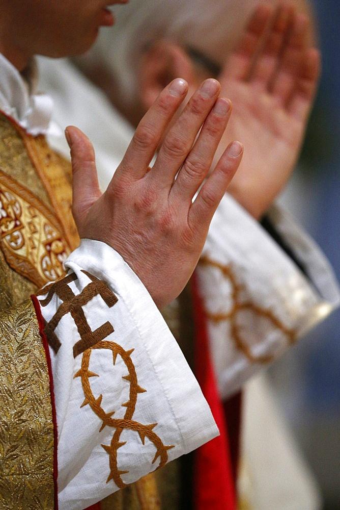 Catholic ceremony, Villemomble, Seine-Saint-Denis, France, Europe