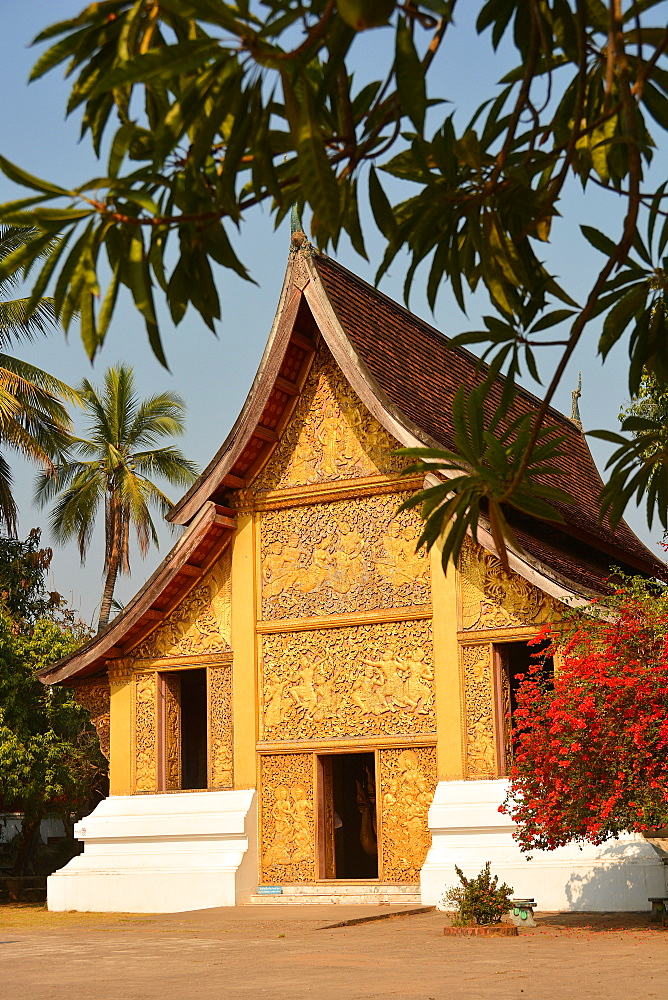 The Hohng Kep Mien, housing the royal chariot, Wat Xieng Thong, UNESCO World Heritage Site, Luang Prabang, Laos, Indochina, Southeast Asia, Asia