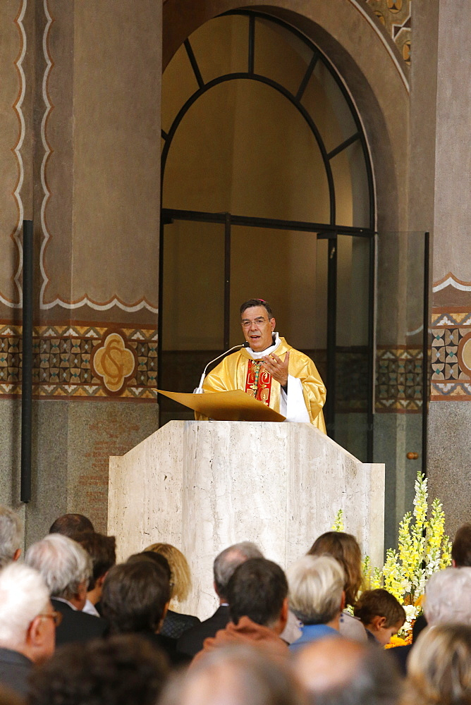 Bishop Michel Aupetit at Catholic Mass in Sainte Genevieve's Cathedral, Nanterre, France, Europe