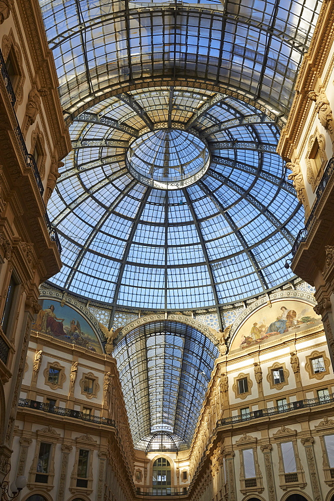 Vittorio Emanuele II Gallery, Milan, Lombardy, Italy, Europe