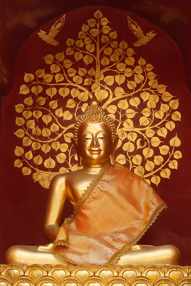 Buddha statue in Wat Phan On, Chiang Mai, Thailand, Southeast Asia, Asia