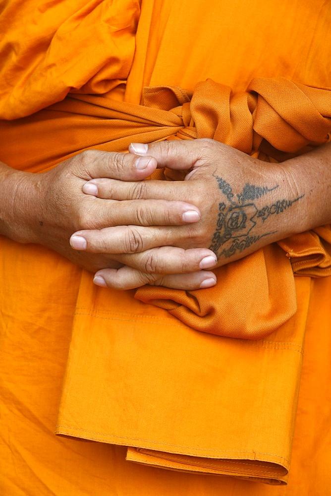 Monk in Wat Khao Takiab, Hua Hin, Thailand, Southeast Asia, Asia