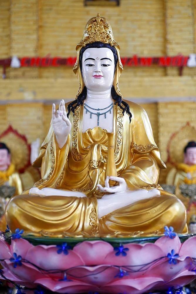 Goddess of Mercy, Avalokitesvara Bodhisattva statue, Hoi Tuong Te Nguoi Hoa Buddhist Chinese temple, Quan Am, Phu Quoc, Vietnam, Indochina, Southeast Asia, Asia - 809-7431