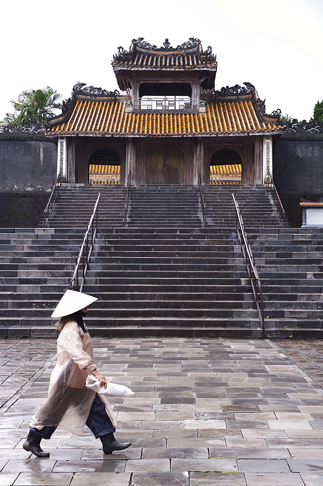 Woman walking past Tu Duc Mausoleum, Hue, Vietnam, Indochina, Southeast Asia, Asia - 812-167