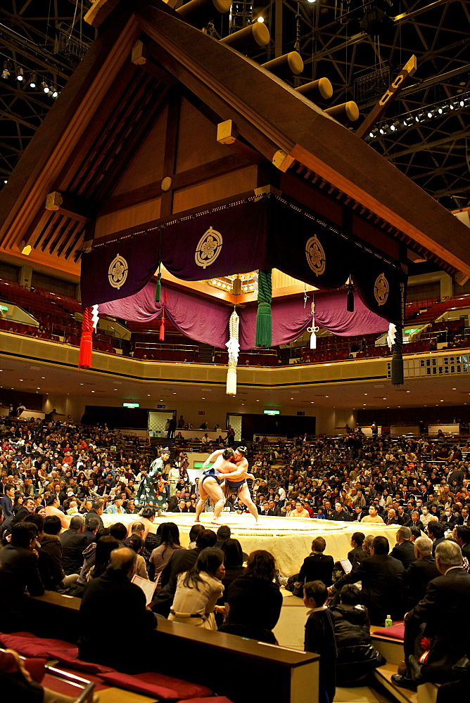 Sumo wrestling competition at the Kokugikan stadium, Tokyo, Japan, Asia - 814-1524