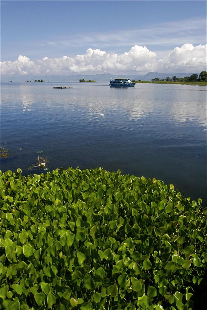 Cruising on the Lake Toba, Sumatra, Indonesia, Southeast Asia, Asia