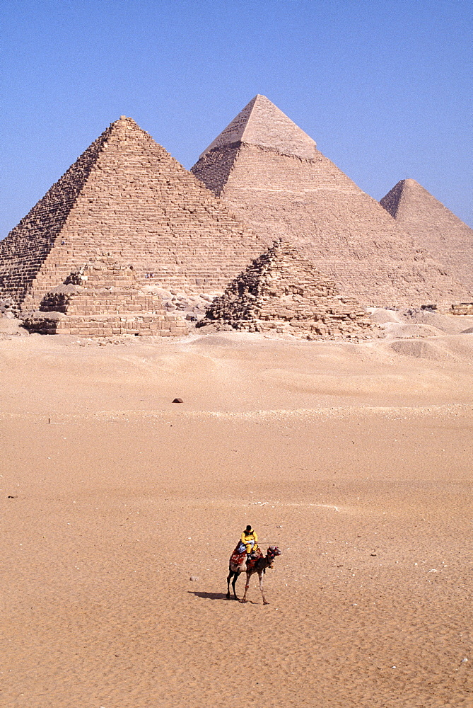 Pyramids, UNESCO World Heritage Site, Giza, near Cairo, Egypt, North Africa, Africa
