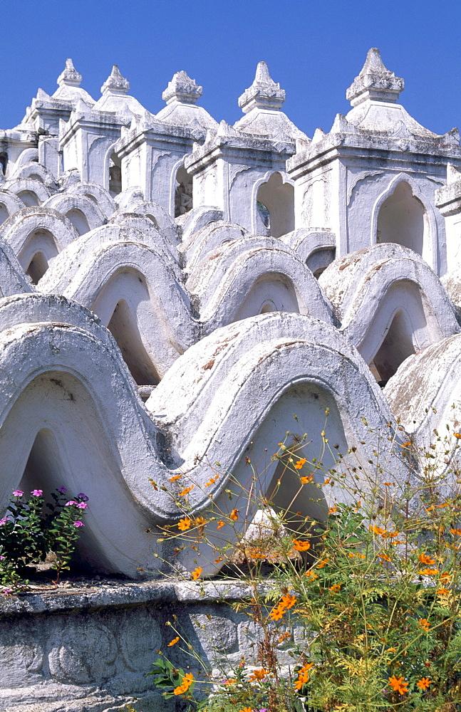 Hsinbyume Pagoda, Mingun, Mynamar (Burma), Asia