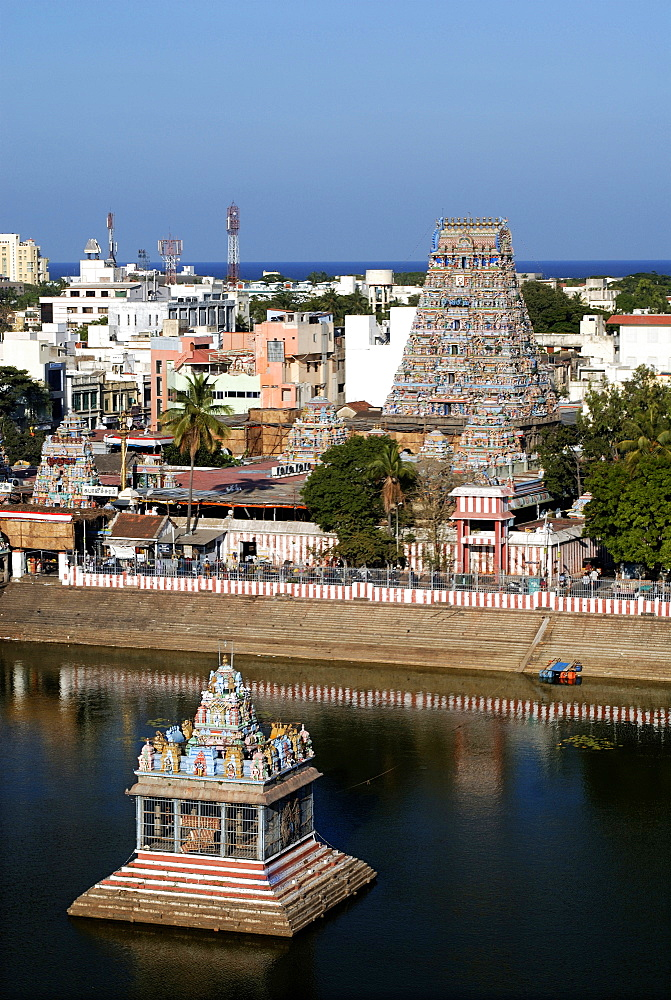 A view of Kapaleesvarar temple with tank, Mylapore, Chennai, Tamil Nadu, India, Asia - 815-2216