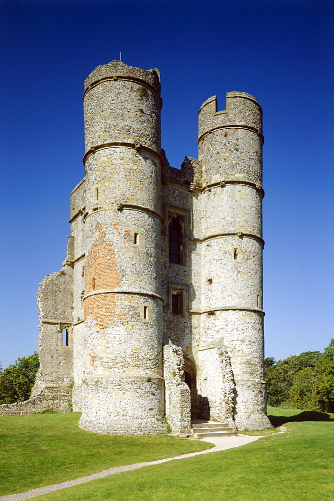 The gatehouse, Donnington Castle, Berkshire, England, United Kingdom, Europe