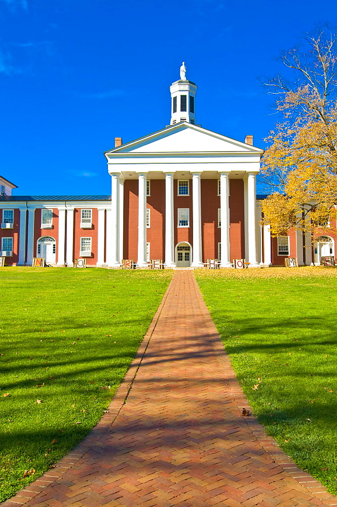 Colonial building, part of the Military College in Lexington, Virginia, United States of America, North America