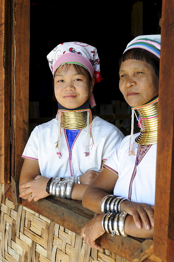 loon lake buddhist single women Vikings: vikings at home  men wore tunics and trousers women wore long dresses,  making cloth on a machine called a loom back.