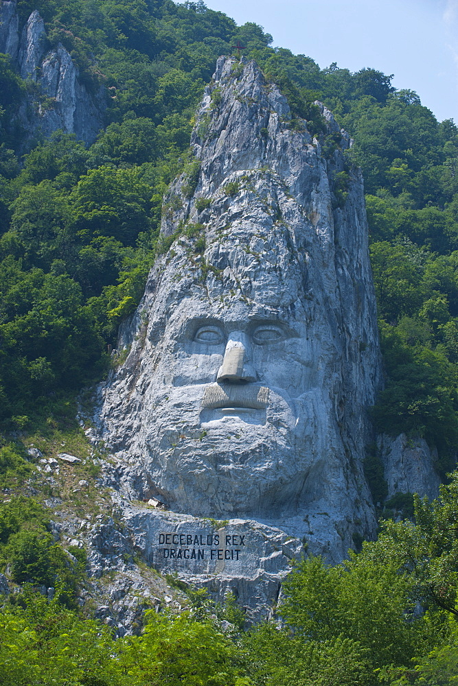 Monument to King Decebalus, Portille de Fier (Iron gate), Danube Valley, Romania, Europe