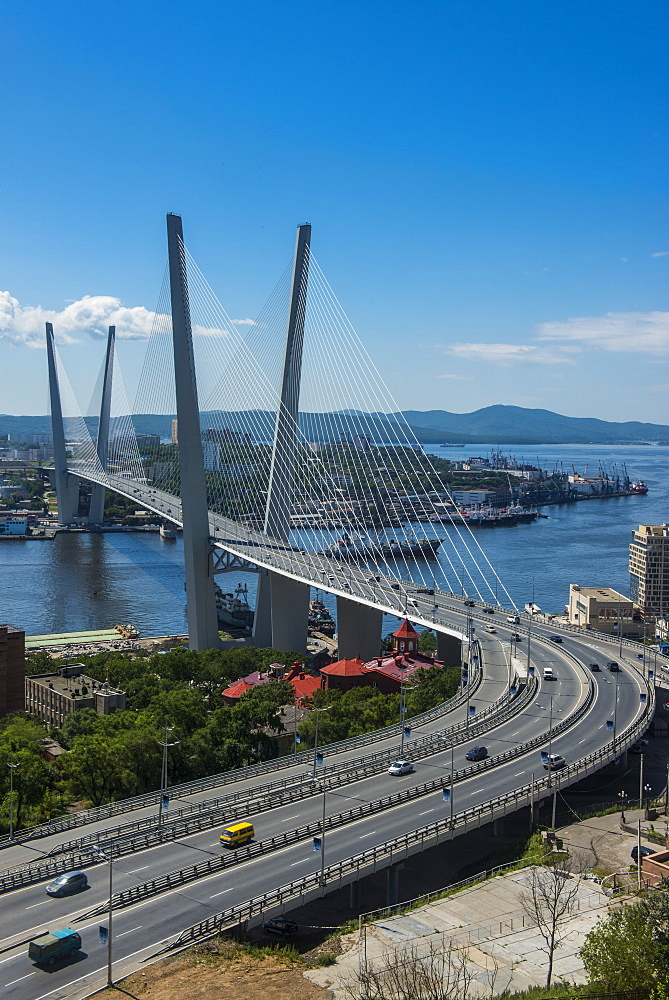 View over Vladivostok and the new Zolotoy Bridge from Eagle's Nest Mount, Vladivostok, Russia, Eurasia