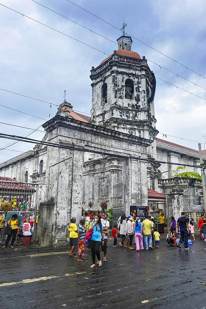 Easter Procession in the Basilica de Minore del Santo Nino, Cebu City, Cebu, Philippines, Southeast Asia, Asia