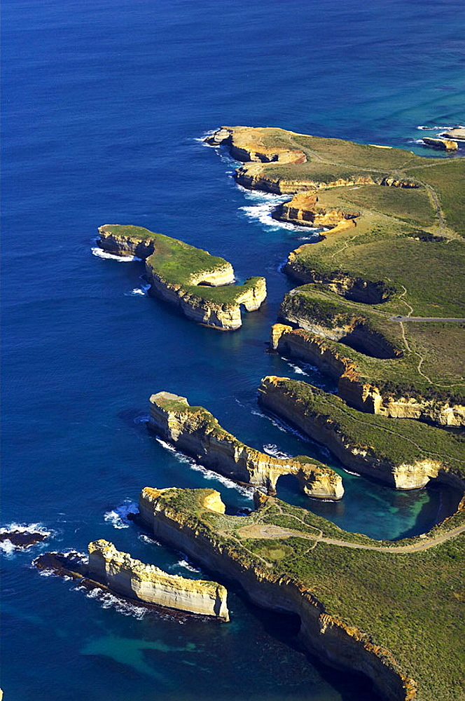 The Razorback (bottom), The Island Archway, Muttonbird Island (top), Loch Ard Gorge, Port Campbell National Park, Great Ocean Road, Victoria, Australia _ aerial