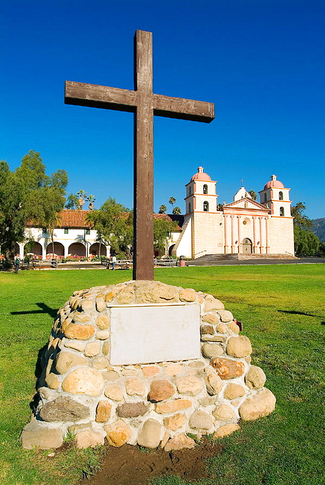 church 1820 of santa barbara franciscan mission aka queen of the missions for