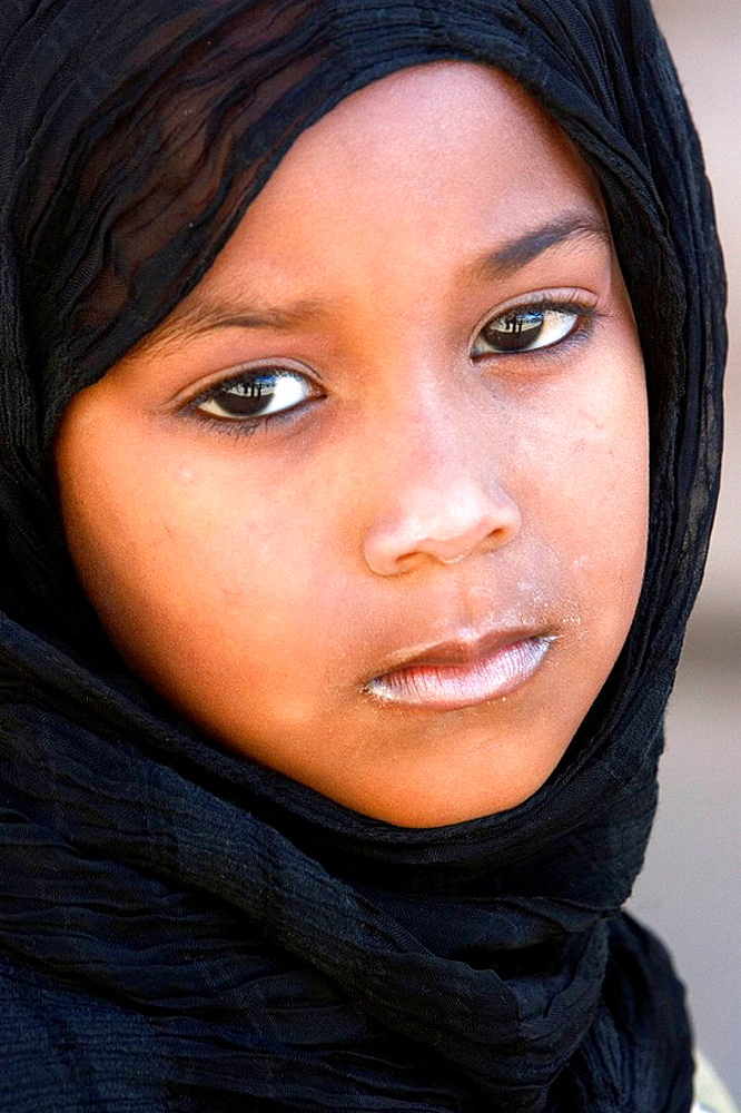Portrait of a young girl, Salalah, Oman - 817-128941