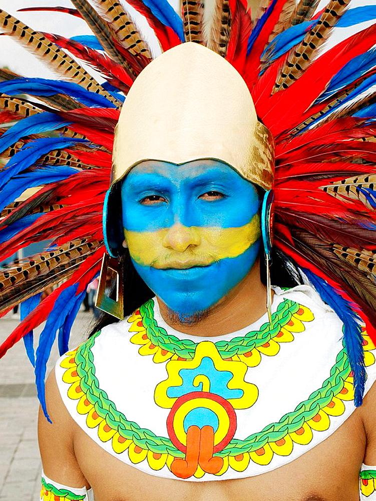 Conchero Aztec dancer, Ciudad de Mexico - 817-135423
