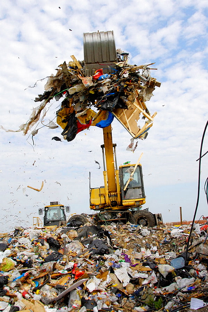 Reduce Reuse Recycle Landfill - 817-147091