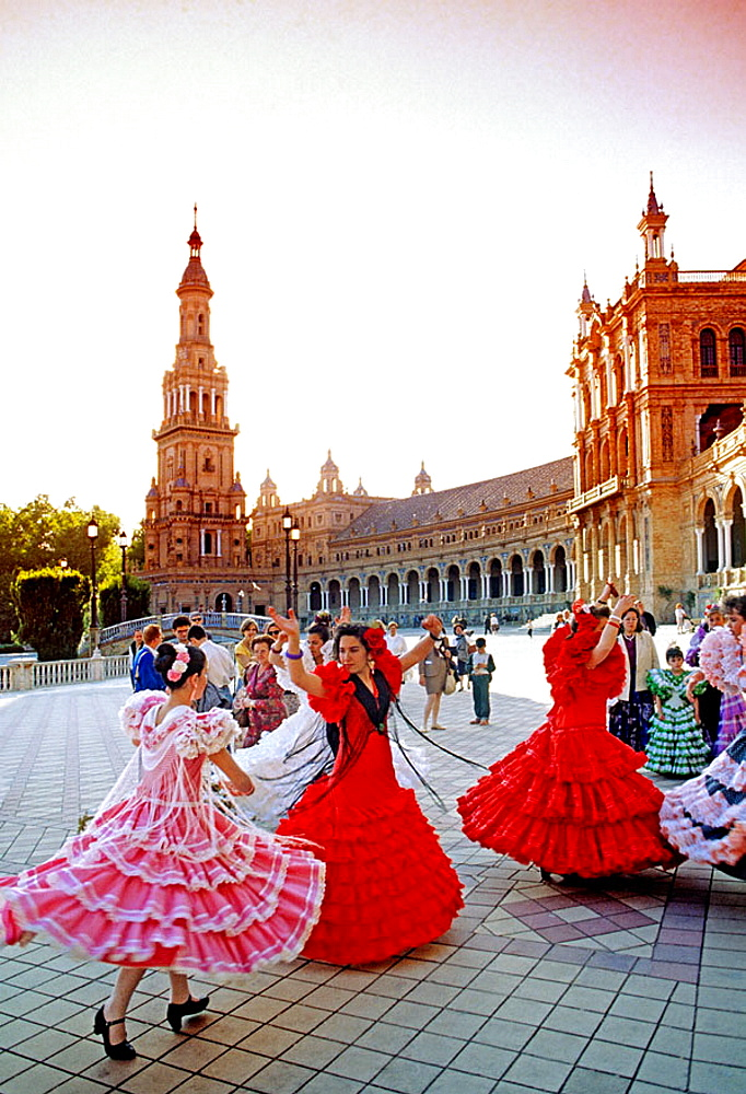 Buy high res stock images of dancing and dances from for Espectaculo flamenco seville sevilla