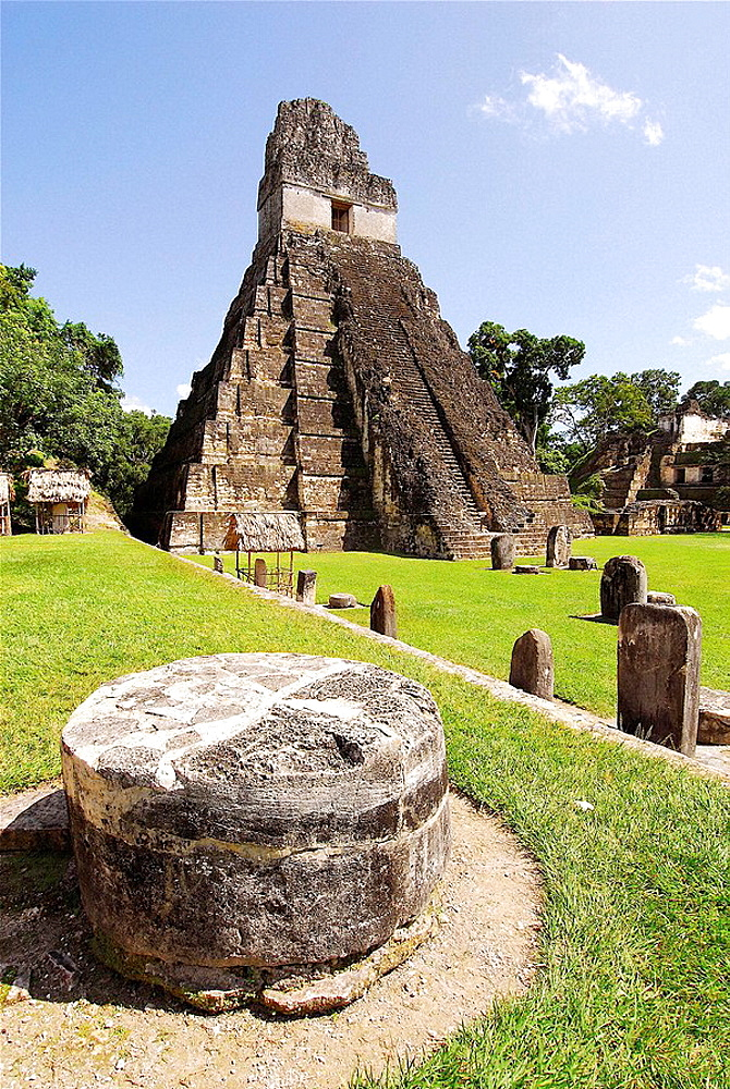 Temple of the Gran Jaguar (Temple I) at the Gran Plaza, Tikal mayan archeological site, Peten Department, Guatemala