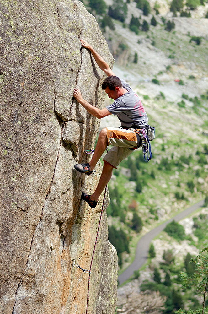 Climber, Cavallers, Vall de Bohi, Pyrenees, Lleida province, Spain