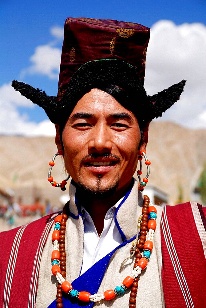 One of the many annual ladakhi festivals Were poeple enjoy to meet and exchange news Wearing their traditional cloth is part of their culture Music and dancing is also almost always envolved There are fastivals in winter and in summer - 817-193012