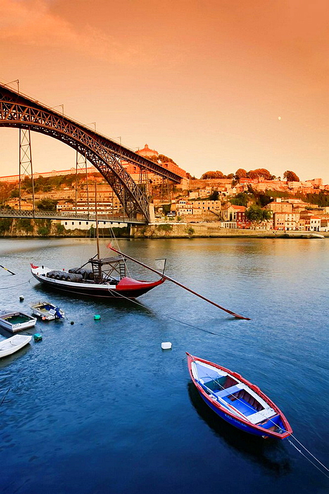 Vila Nova de Gaia, Douro River and Ponte de Dom Luis I, Porto UNESCO World Heritage, Portugal