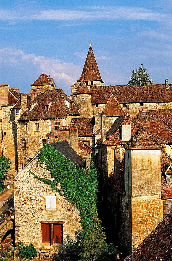 Carennac, Dordogne river valley, Lot, Midi-Pyrenees, France