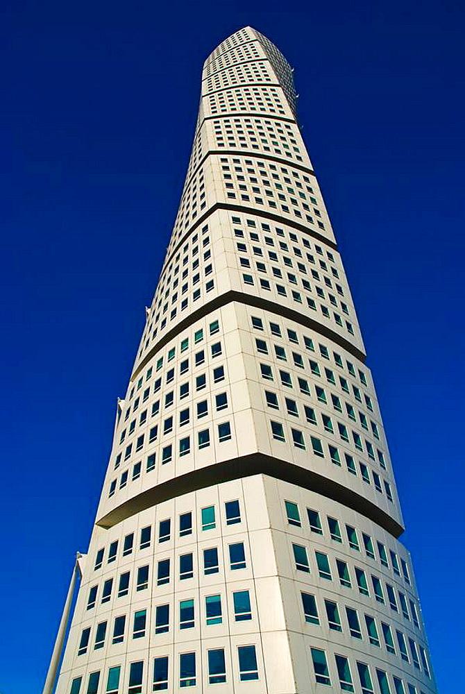 Turning Torse highrise building by Santiago Calatrava at West harbour in Malmo Skv•ne Sweden Europe