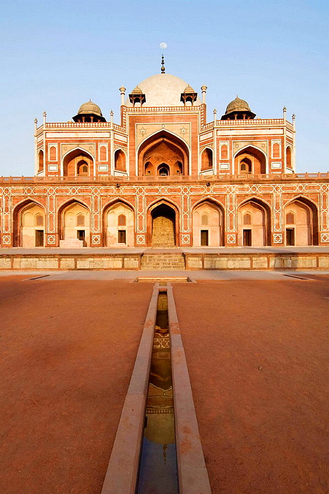 Humayun's Tomb, Delhi, India, Unesco World Heritage Site Tombe de l'empereur Humayun, Delhi, Inde, Site du Patrimoine Mondial de l'Unesco Humayun Mausoleum, Delhi, Indien, Unesco Weltkulturerbe - 817-226377