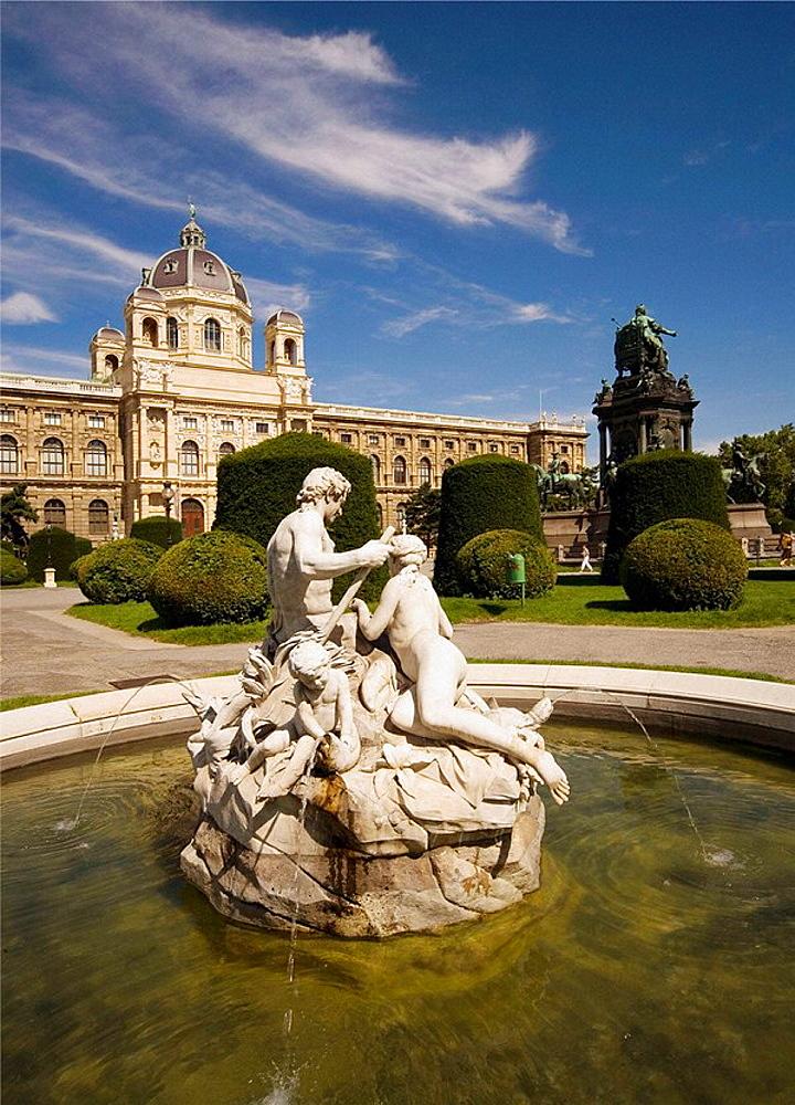 Austria, Vienna, Natural History Museum, Maria Theresien Platz, fountain,
