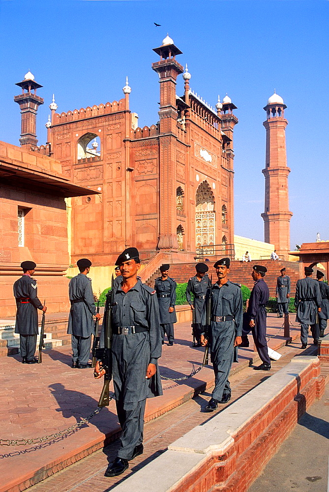 Pakistan, Punjab, Lahore, World Heritage Site, Changing the guard at Allama Iqbal mausoleum