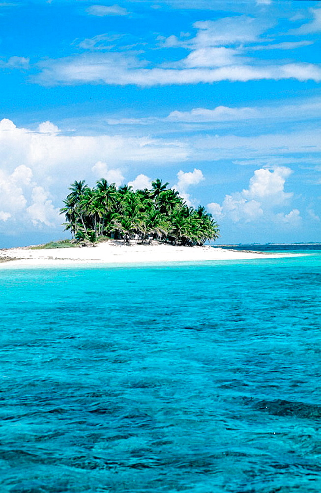Gillingham islet beach, Nassau, Providence island, Bahamas, Caribbean