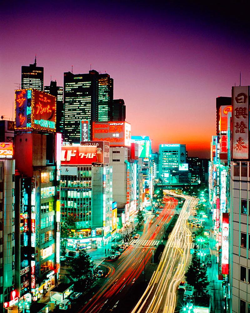 Shinjuku district, Tokyo, Japan - 817-2831