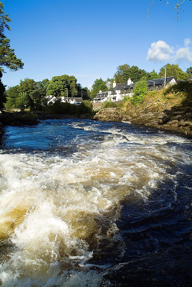 Falls of Dochart KILLIN STIRLINGSHIRE River Dochart rapids and village