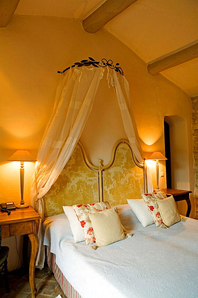 Luxury small Hotel and restaurant 'La Bastide de Marie' owner Sibuet Family from Megeve, Menerbes , Luberon, Vaucluse (84), Provence, France