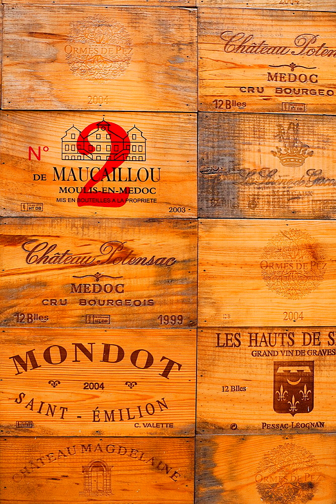 France, Aquitaine Region, Gironde Department, St-Emilion, wine town, wine crates - 817-290296
