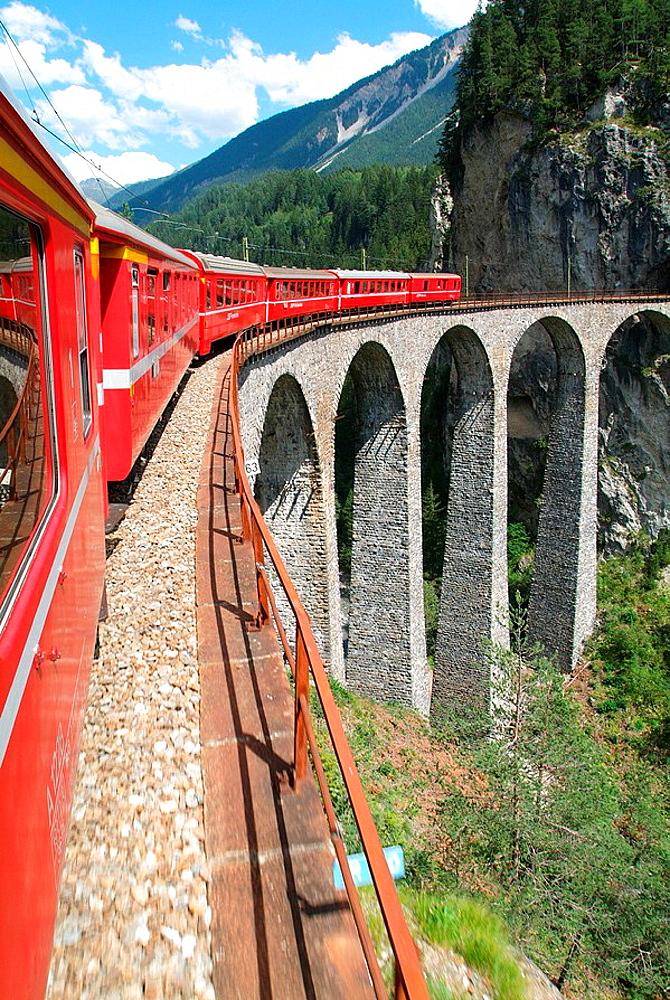 Switzerland, Europe, Canton Grisons, Graubunden, Grisons, Landwasser Viaduct, Landwasserviadukt, Rhaetian Railway, RhB. Switzerland, Europe, Canton Grisons, Graubunden, Grisons, Landwasser Viaduct, Landwasserviadukt, Rhaetian Railway, RhB