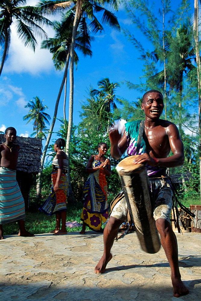 Kenya, Rasta Mombasa Group, Africa, artists, palm trees, Diani, Diani beach, local people, Group, people, Mombasa, mus. Kenya, Rasta Mombasa Group, Africa, artists, palm trees, Diani, Diani beach, local people, Group, people, Mombasa, mus
